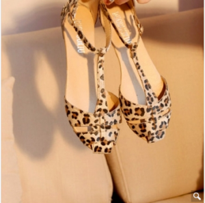 Restoring Women Ladies Sandals Leopard Print Flat Heel Shoes