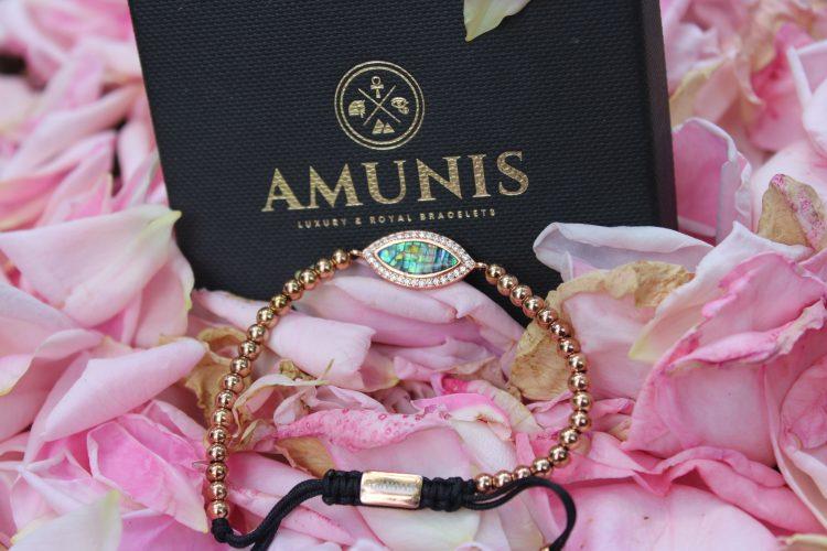 Amunis Luxury Crystal Rose